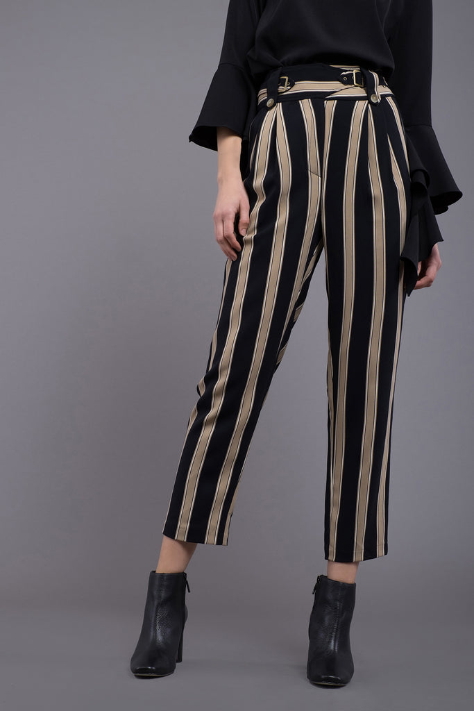 BELTED FRONT PLEATED PANTS
