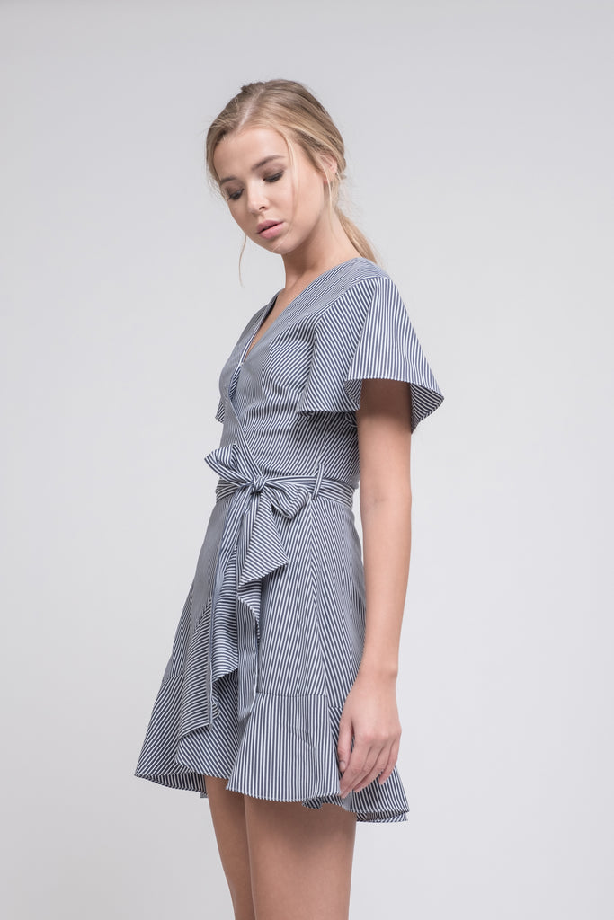 FLARE SLEEVE WRAP DRESS WAIST TIE