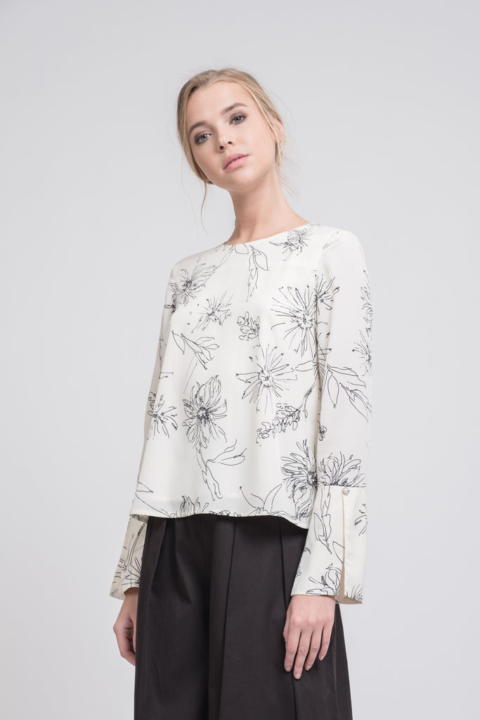 PRINTED FLORAL CUFFED BLOUSE