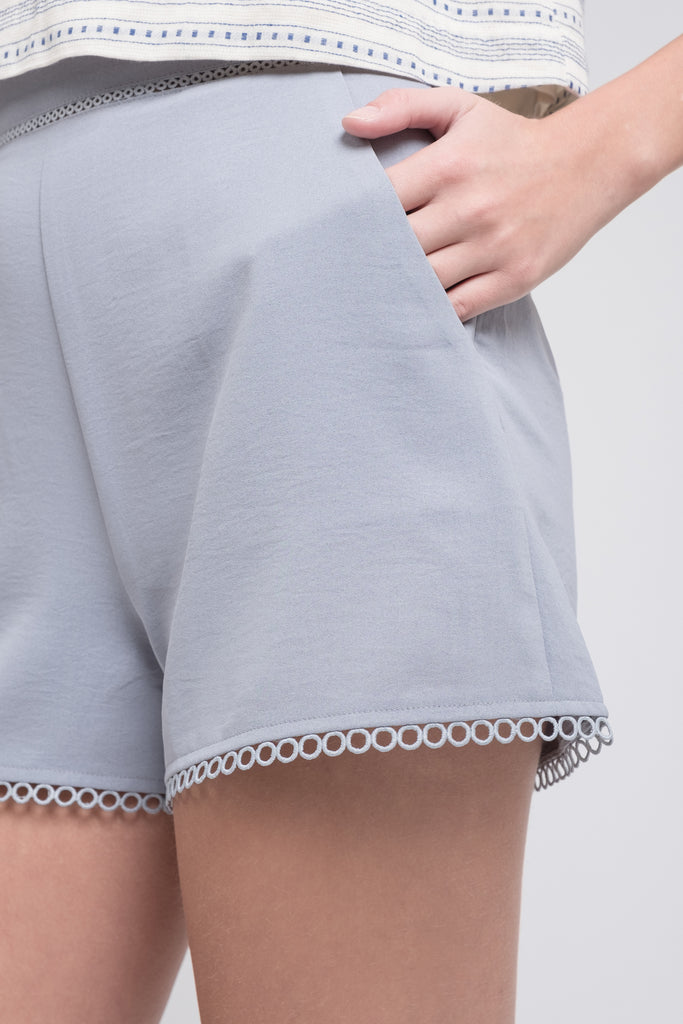 LACE TRIM SHORTS