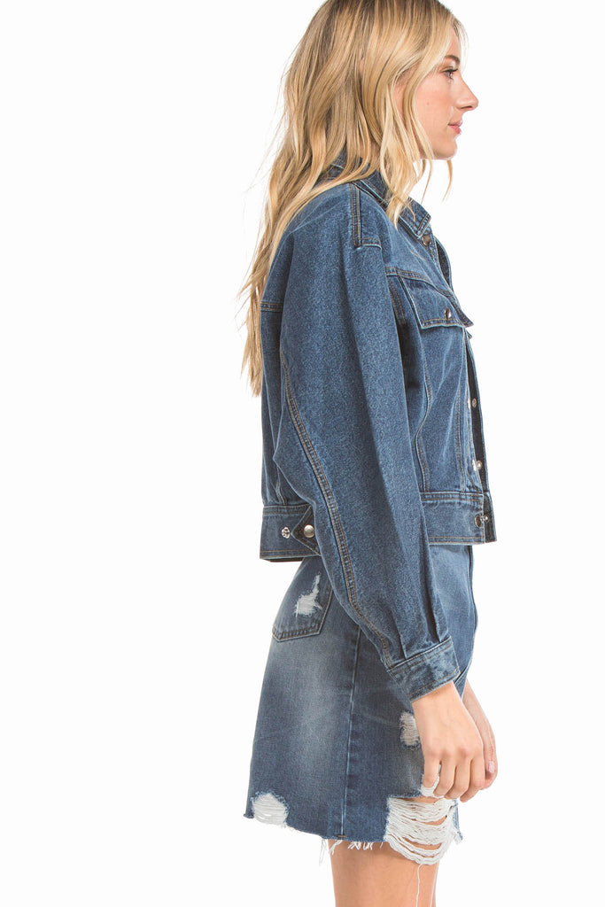 EVIDNT OVERSIZED CROP DENIM JACKET