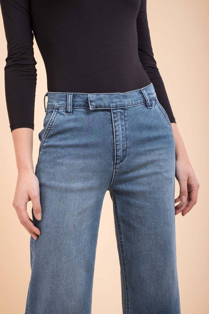 EVIDNT WIDE CROPPED JEANS