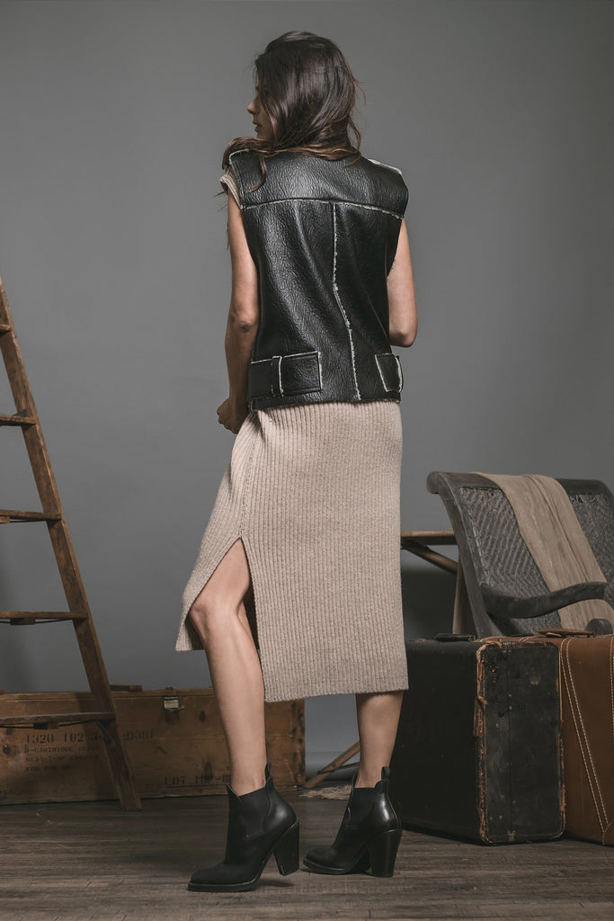 VEGAN LEATHER SHEARLING UTILITY VEST