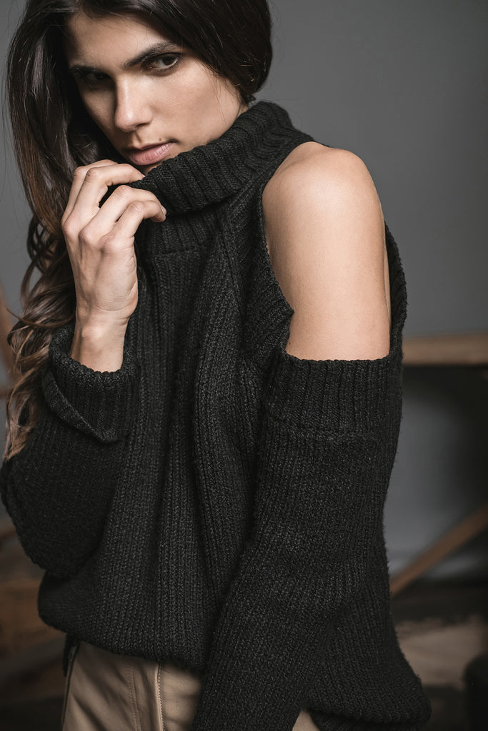 BLACK LONG SLEEVE COLD SHOULDER SWEATER WITH TURTLE NECK
