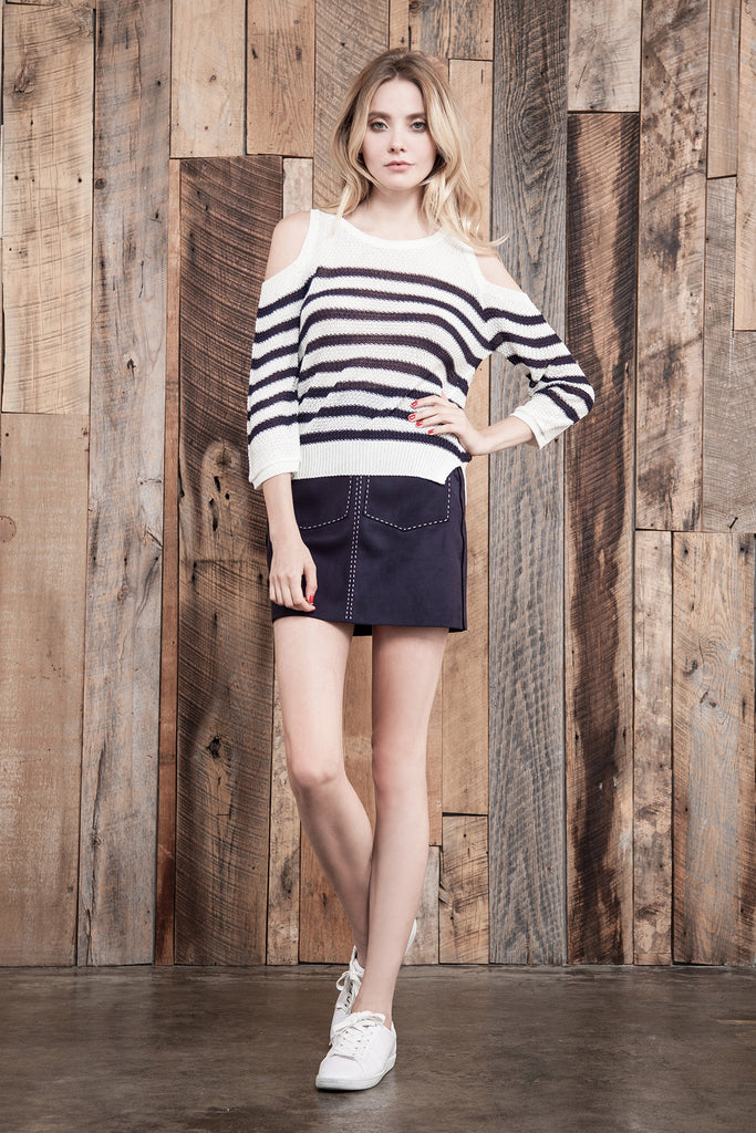 STRIPE COLD SHOULDER KNIT TOP