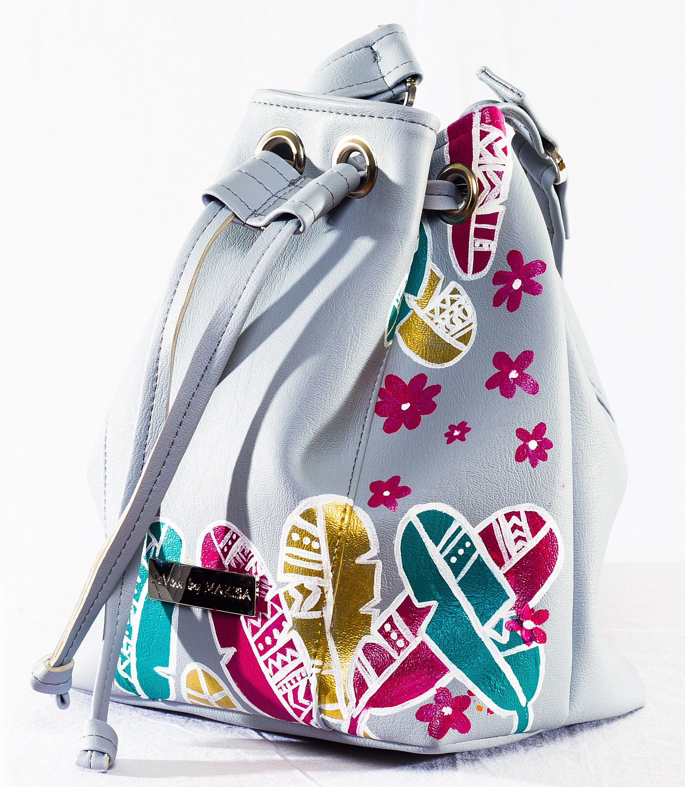 Isla Bucket bag