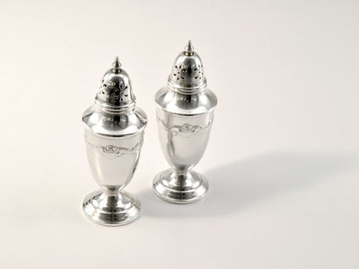 Set of 2 Vintage Sterling Silver Salt and Pepper Shakers by Towle stamped 680