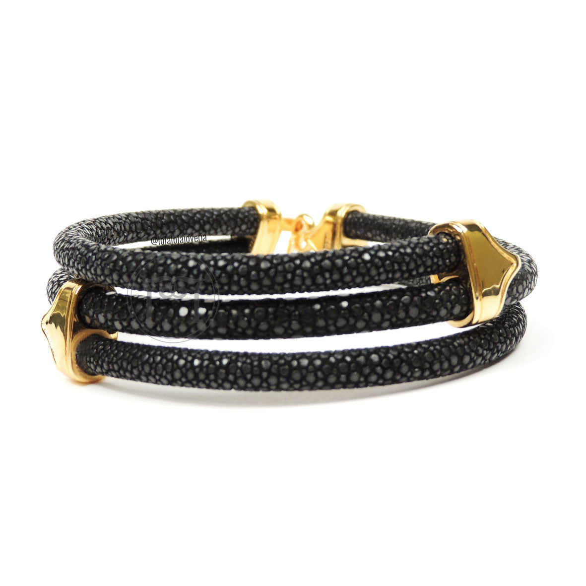 Clasp Yellow Gold Triple Rope Black Stingray