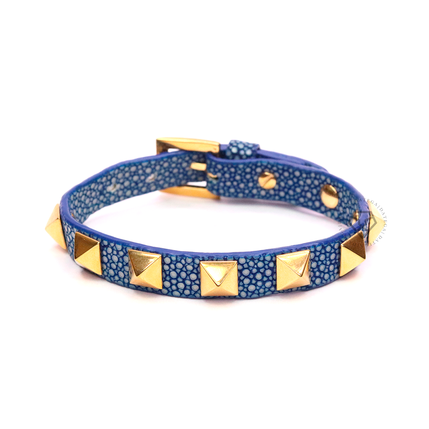 Rockstud Yellow Gold Blue Stingray