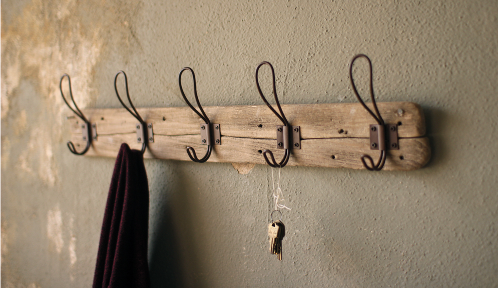 The Amida rack with hooks