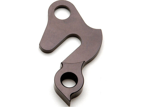 Replaceable derailleur hanger / dropout 26