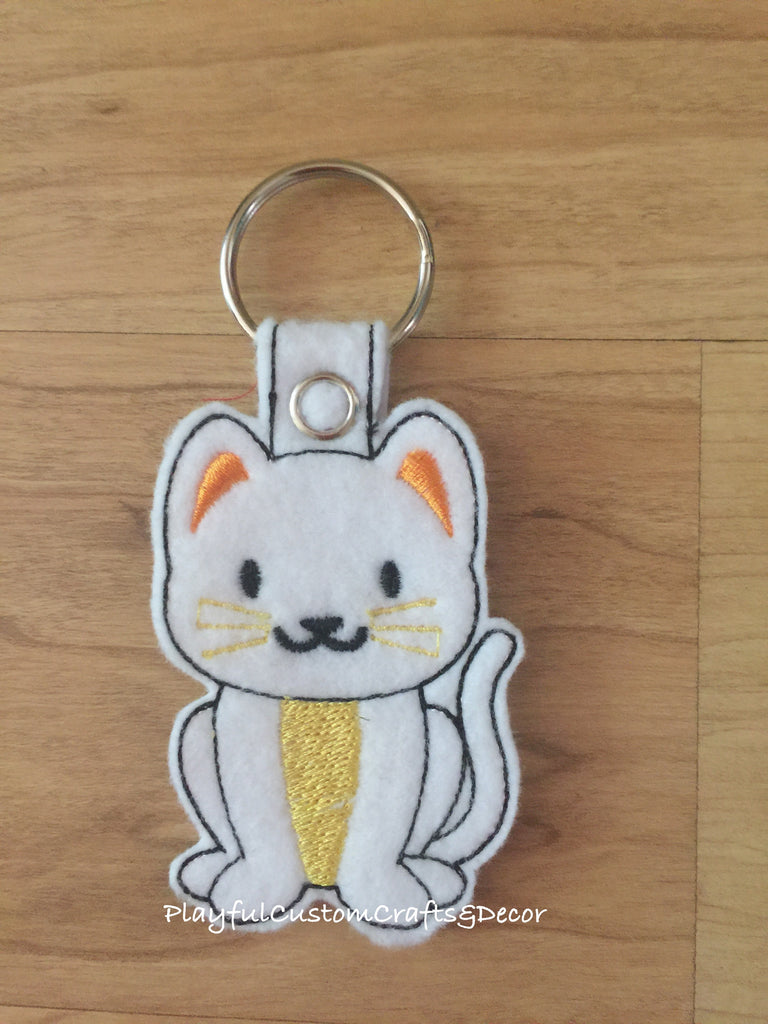 White Kitty Cat Handmade Felt Key Chain