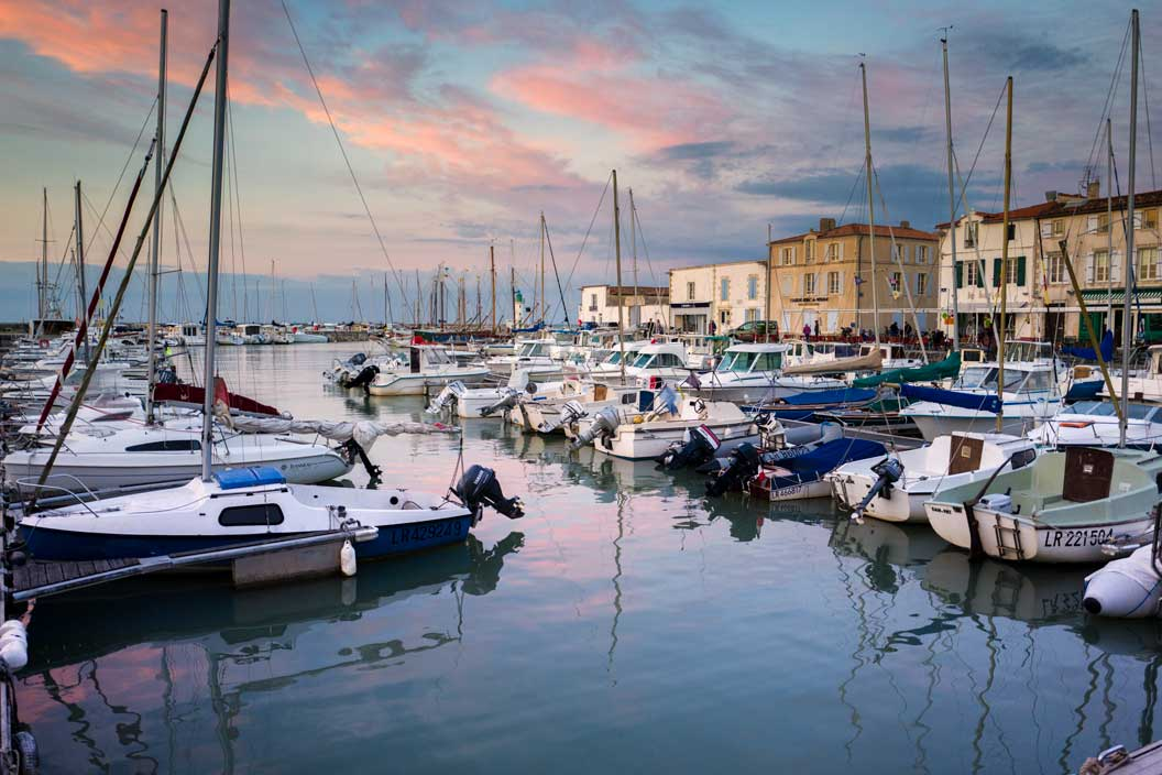 Harbor Boat View From Le Bistro De Béné Restaurant France | Stories + Objects Travel Magazine