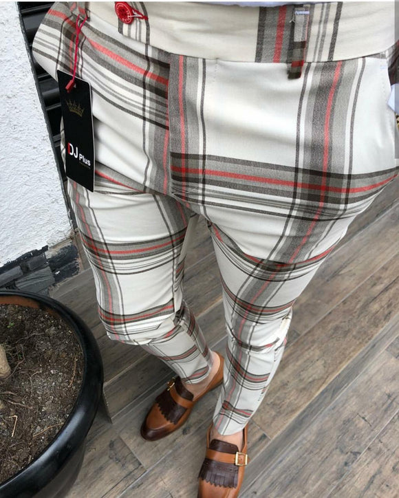 MEN'S SLIMFIT BIG PLAID HALF CREAM PANTS