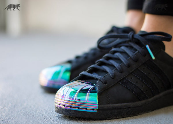 adidas superstar black metallic toe