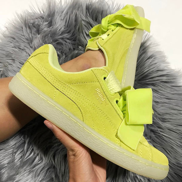 "Puma Suede Heart Reset ""Soft Fluo Yellow"""