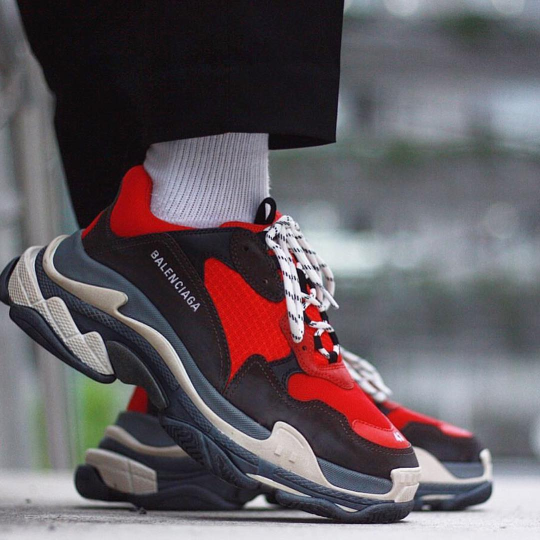 a69d45f8d6e6 Balenciaga Triple S 2018ss Red Black