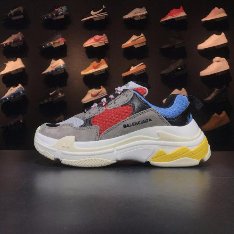 Balenciaga Triple-S 17FW € Beige/Red ""