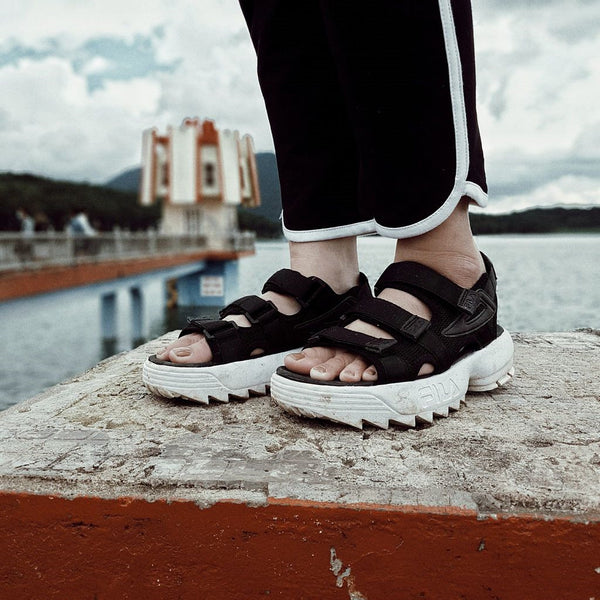 FILA Disruptor Sandal 'Black/White'