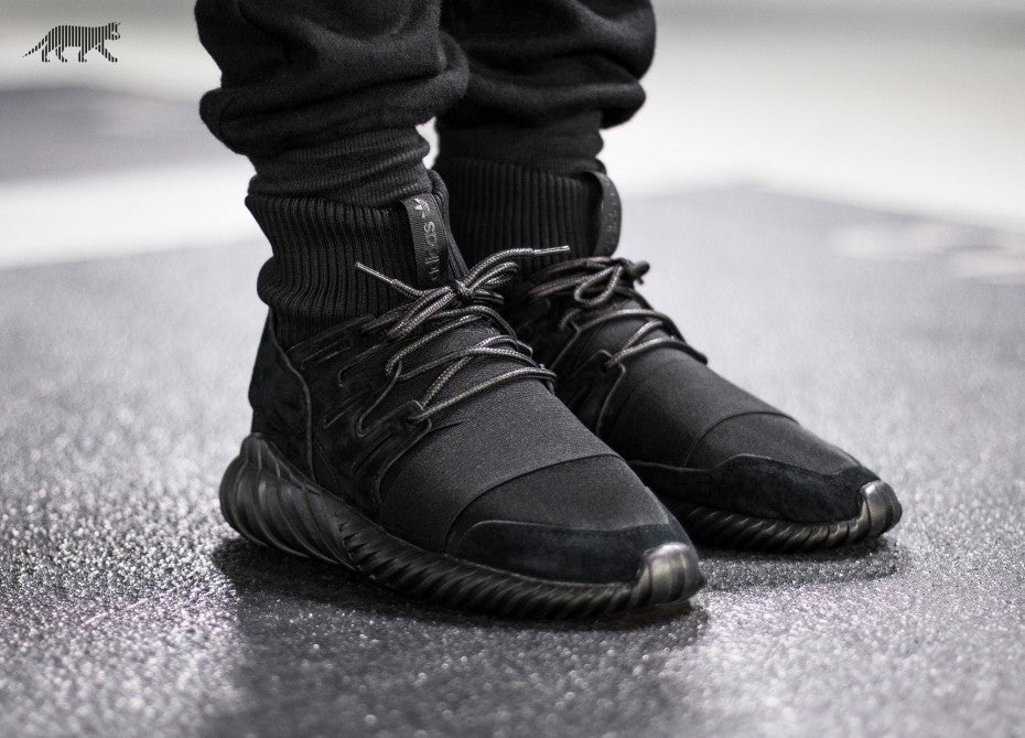 ADIDAS TUBULAR DOOM PK ALL BLACK