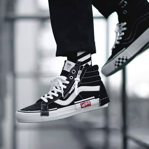 Vans Vault SK8-Hi Cap Lx Deconstructed Black High Top