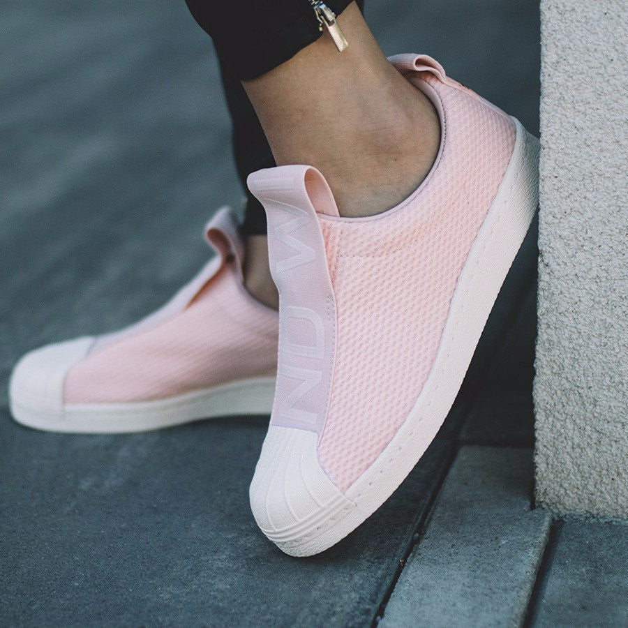 adidas women's superstar slip on trainers pale pink