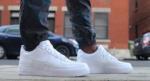 Nike Air Force 1 Low All White Classic