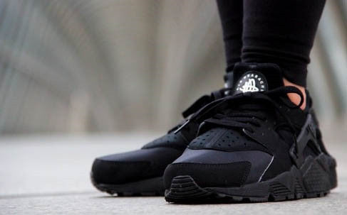 NK Air Huarache Triple Black