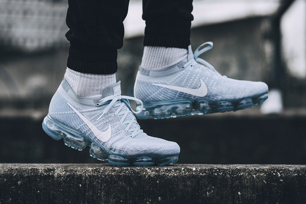 Women's Cheap Nike Air VaporMax 'Pale Grey'. Cheap Nike