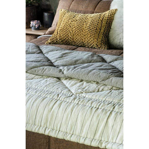 240 x 200 Tessere Natural Comforter