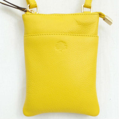 Buttercup Pouch bag ST57