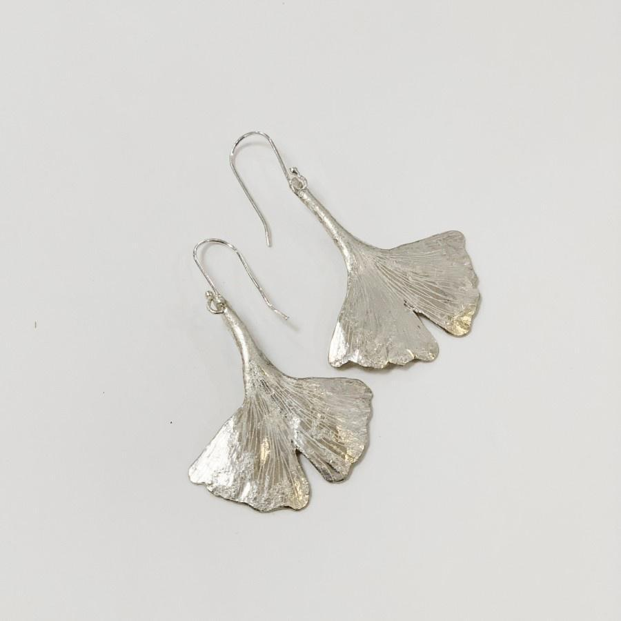 Flying Dog Earrings Small | Gingko Leaf