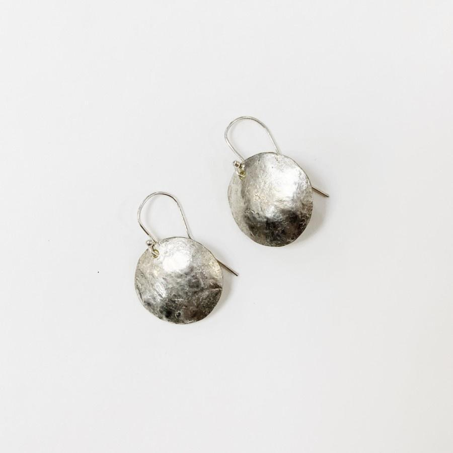 Flying Dog Earrings Small | Round