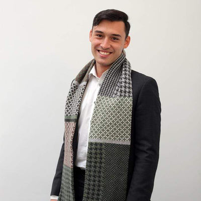 Lambswool Glenfinnan Scarf - Green