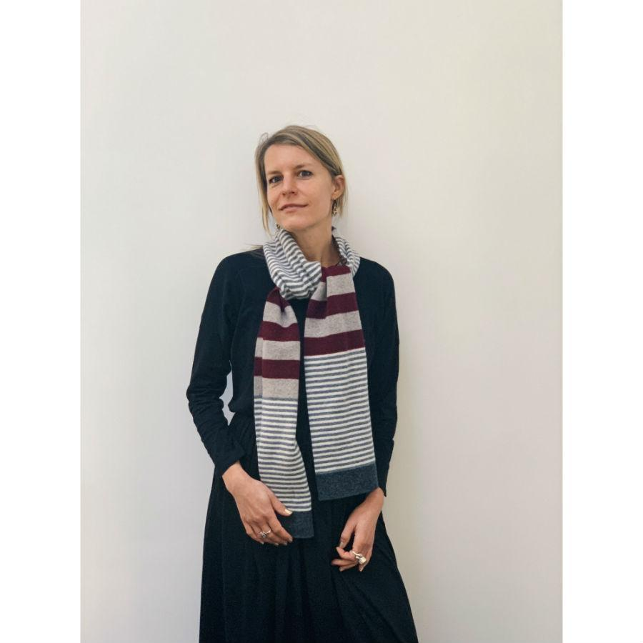 Lambswool Harris Scarf - Burgundy