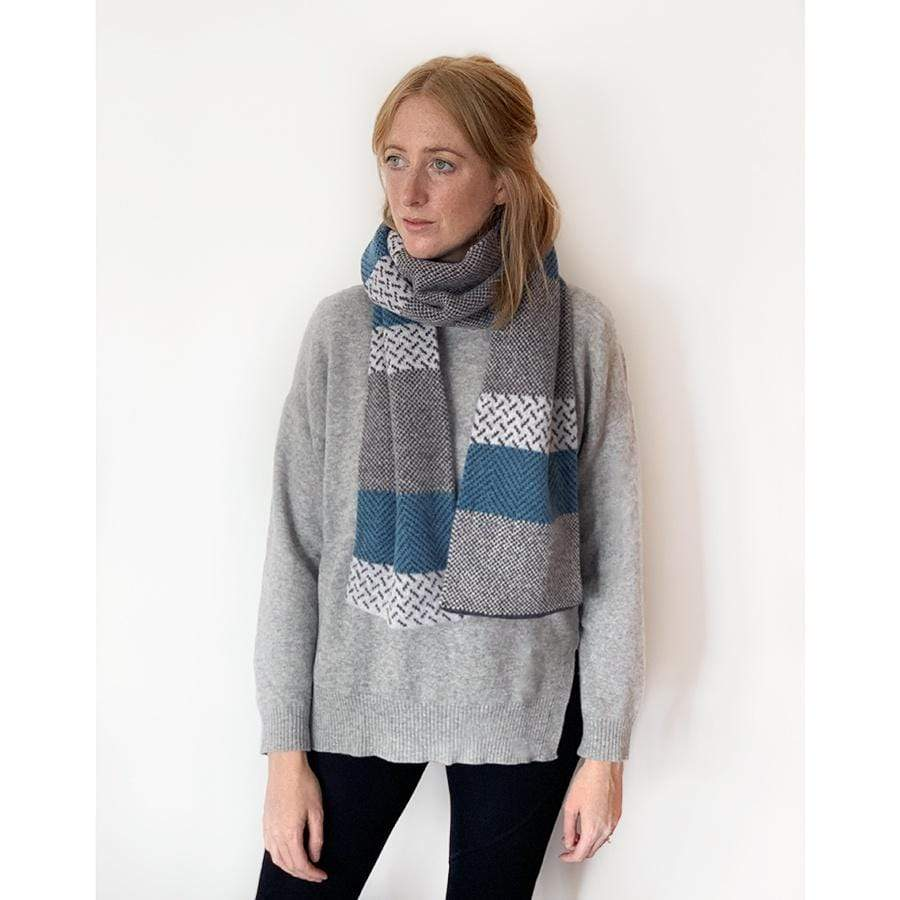 Lambswool Tiree Scarf | Blue/Grey