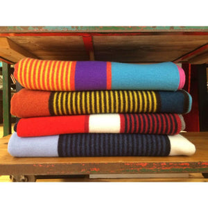 Regatta Lambswool Throw Flag