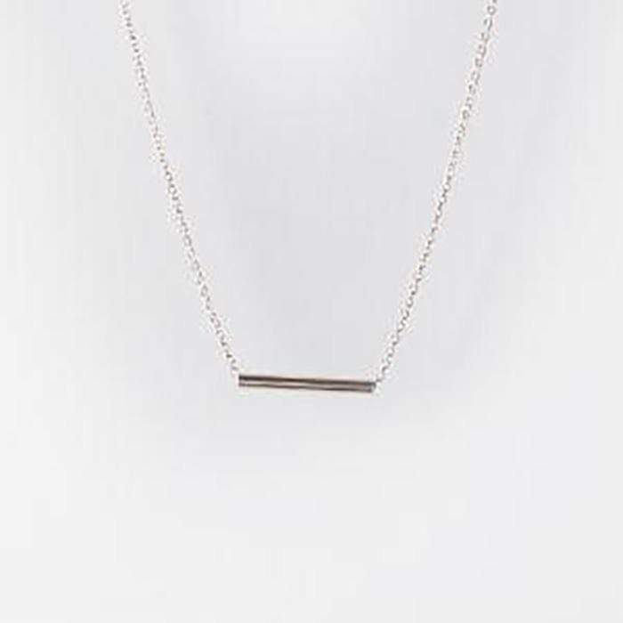 Zoe Porter Bar Necklace Silver