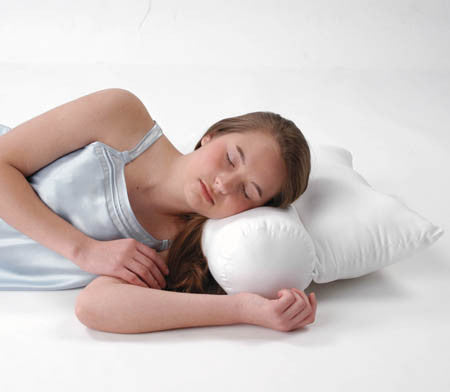 1020 NECK ROLL PILLOW
