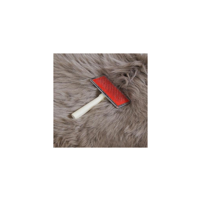 NC Living Brush to Sheepskin Skins Natural