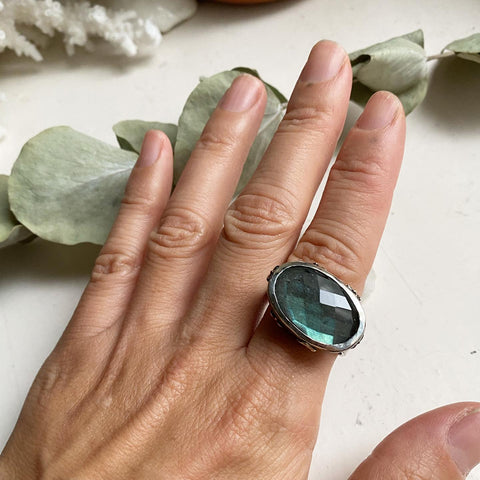 tomfoolery london art ring midnight lake labradorite