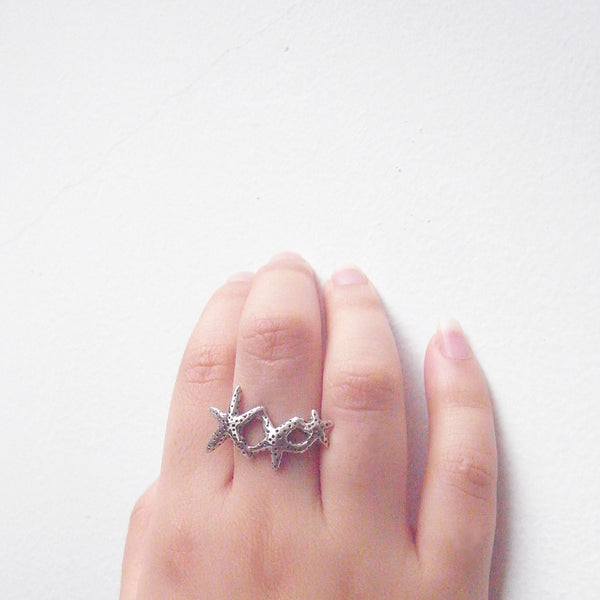 Starfish Ring Silver on Model