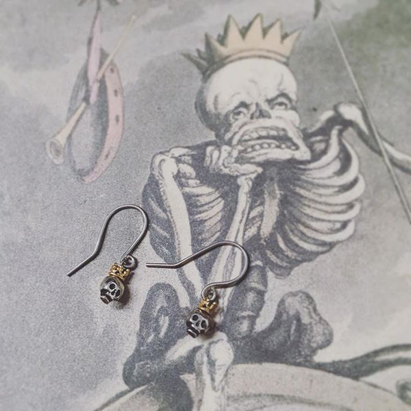 Queen Skull Earrings Gold Crown