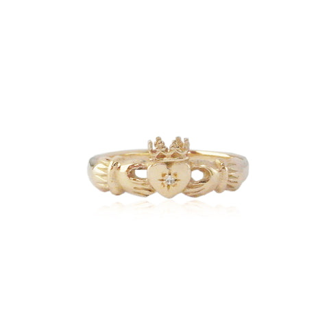 9k gold claddagh ring with diamond