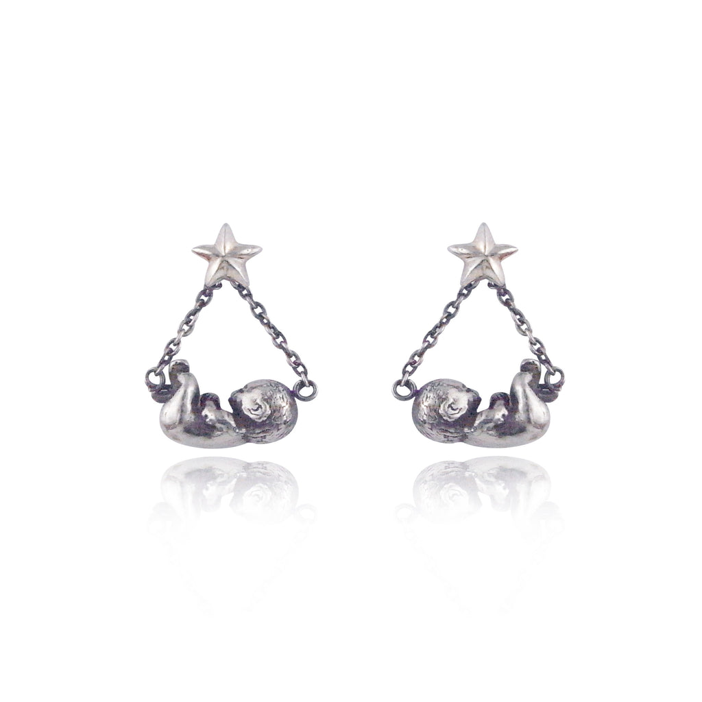 MOMOCREATURA Baby & Star Swinging Earrings Silver product shot