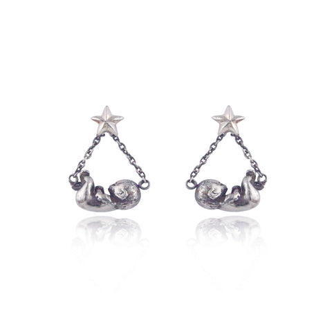 Baby & Star Swinging Earrings Silver product shot