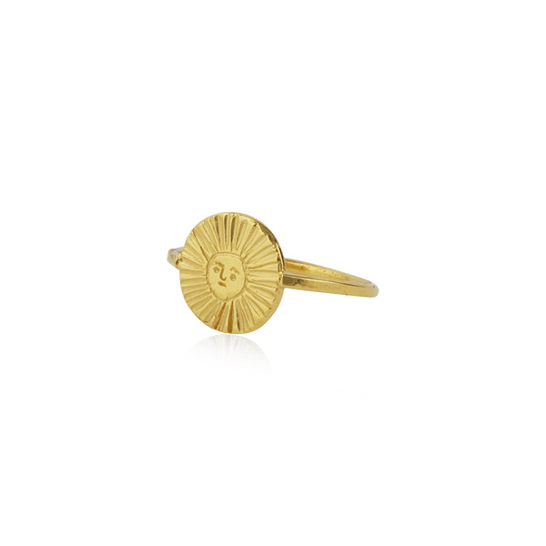 Sun disc ring gold