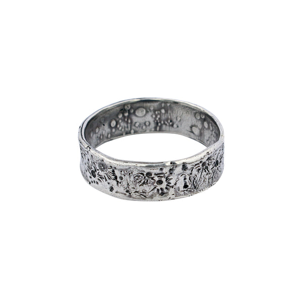Moon crater ring 6mm silver