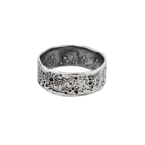 Moon crater ring 8mm Oxidised Silver
