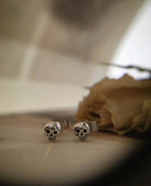 Mini Skull Stud Earrings